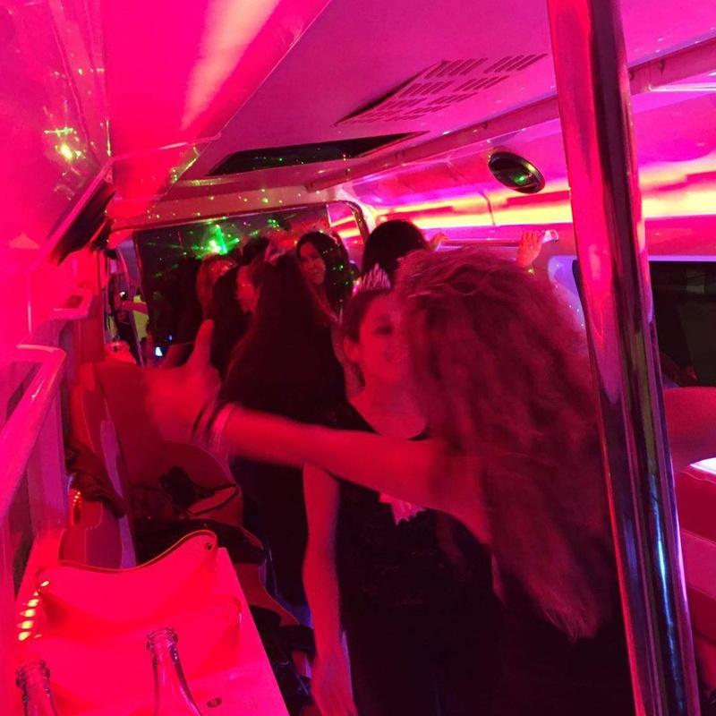 Fiestas privadas: Discobus Ideas y promociones  de Discobus Sevilla