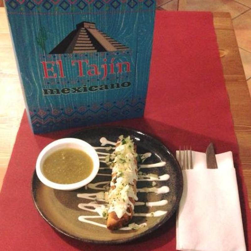 Flautas (tortilla de trigo enrollada y rellena): Carta de El Tajín Mexicano