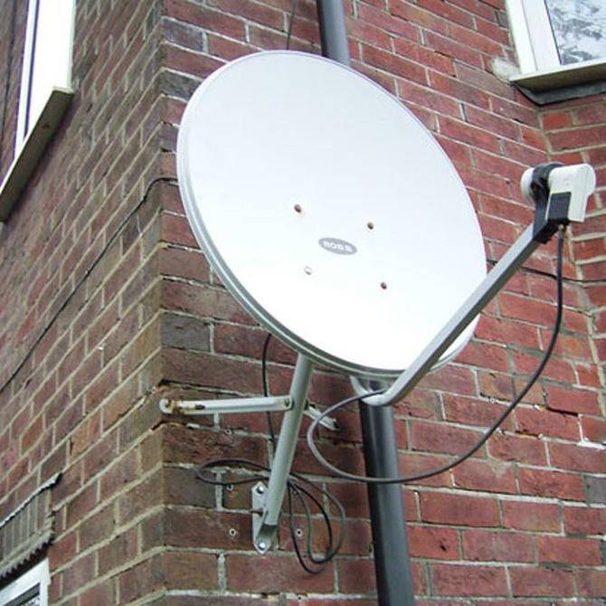 ¿Tengo que pedir permiso a la comunidad para instalar una antena?