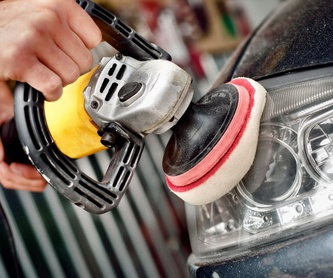 Mantenimiento: Servicios de Lavadero & Neumáticos Rocío