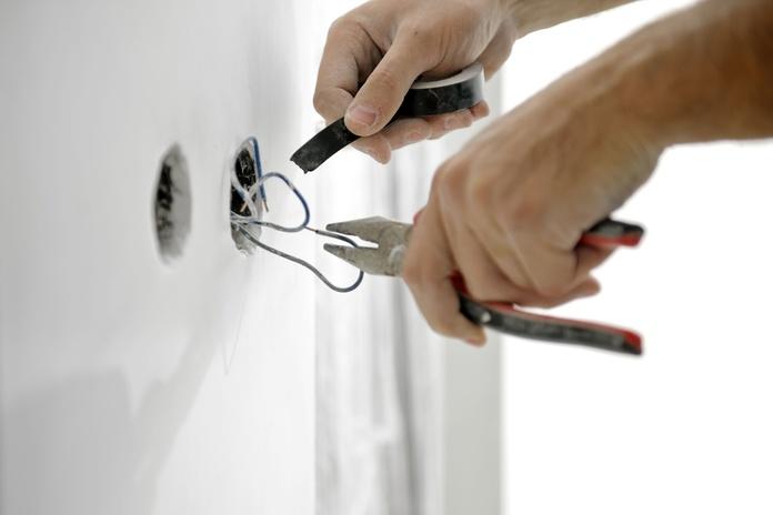 Instalaciones y obras interiores: Nuestros servicios de Atsantos Montajes Eléctricos
