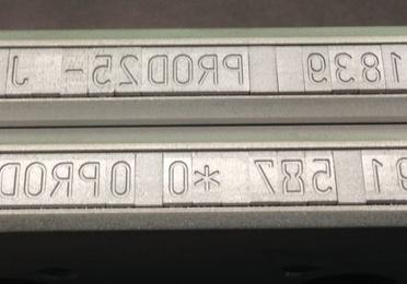 Números metálicos para marcaje  para laboratorios y cosmética.