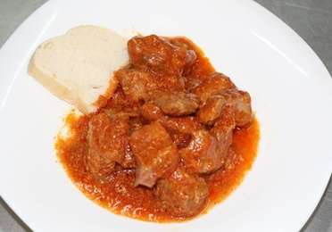 Lomo con tomate 1kg