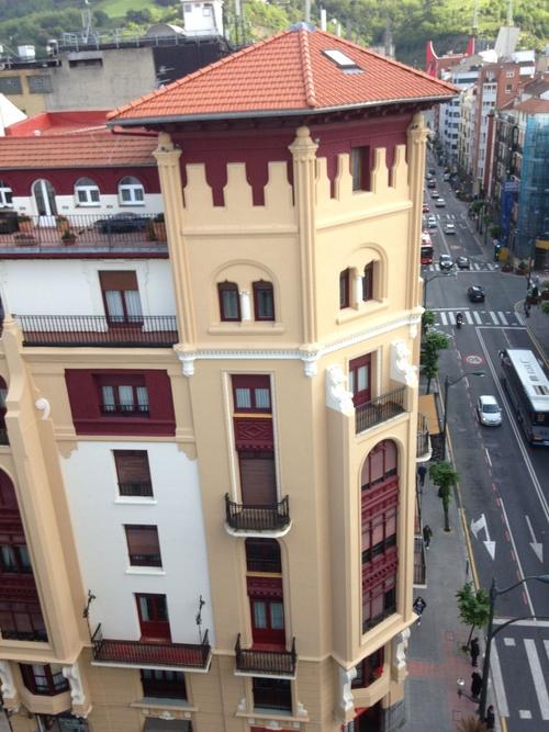 Rehabilitación de torreón y pintura de fachada
