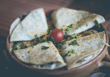 Quesadillas (tortilla de maíz rellenas)
