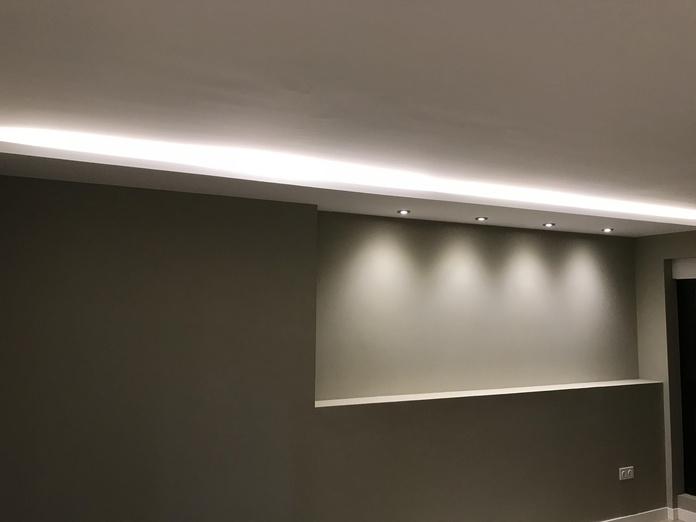 Iluminación: Servicios de Electricidad Adoza