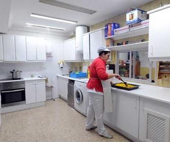 TIEMPO PARA RELAJARSE Y DESCANSAR: Servicios y Actividades de Escuela Infantil Pippo