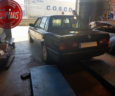 BMW E30 - Bilstein Eibach