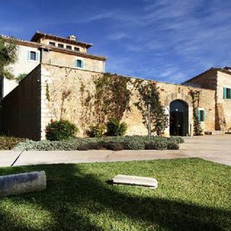Reforma de hotel de interior: Obras realizadas de Construcciones Ses Planes  d'Alaró