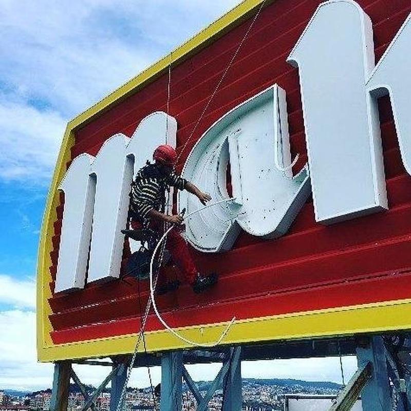 Instalación de publicidad Pontevedra