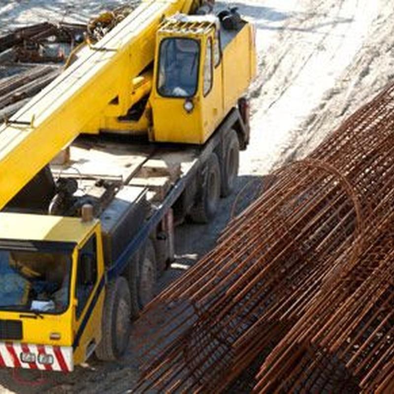 Construcción, obra civil, eléctricas: Servicios de Grúas y Transportes Curt