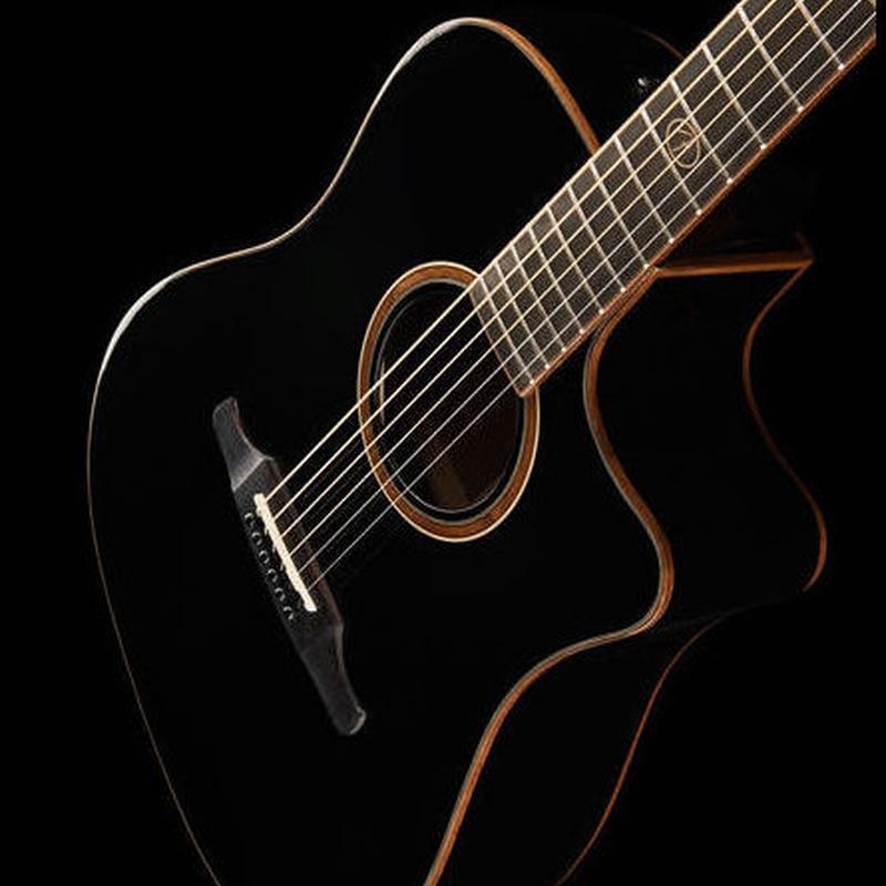 Guitarra acústica Fender F1020SCE BK