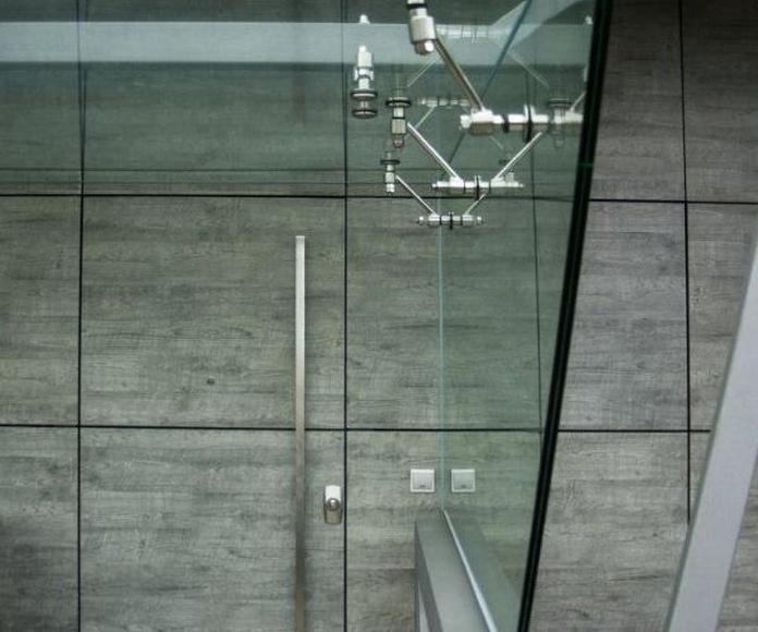 Cubiertas de acceso: Catálogo de Cristalería Múgica
