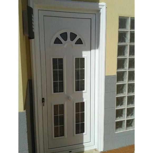 Puertas : Productos y servicios de Aluminios Vicente