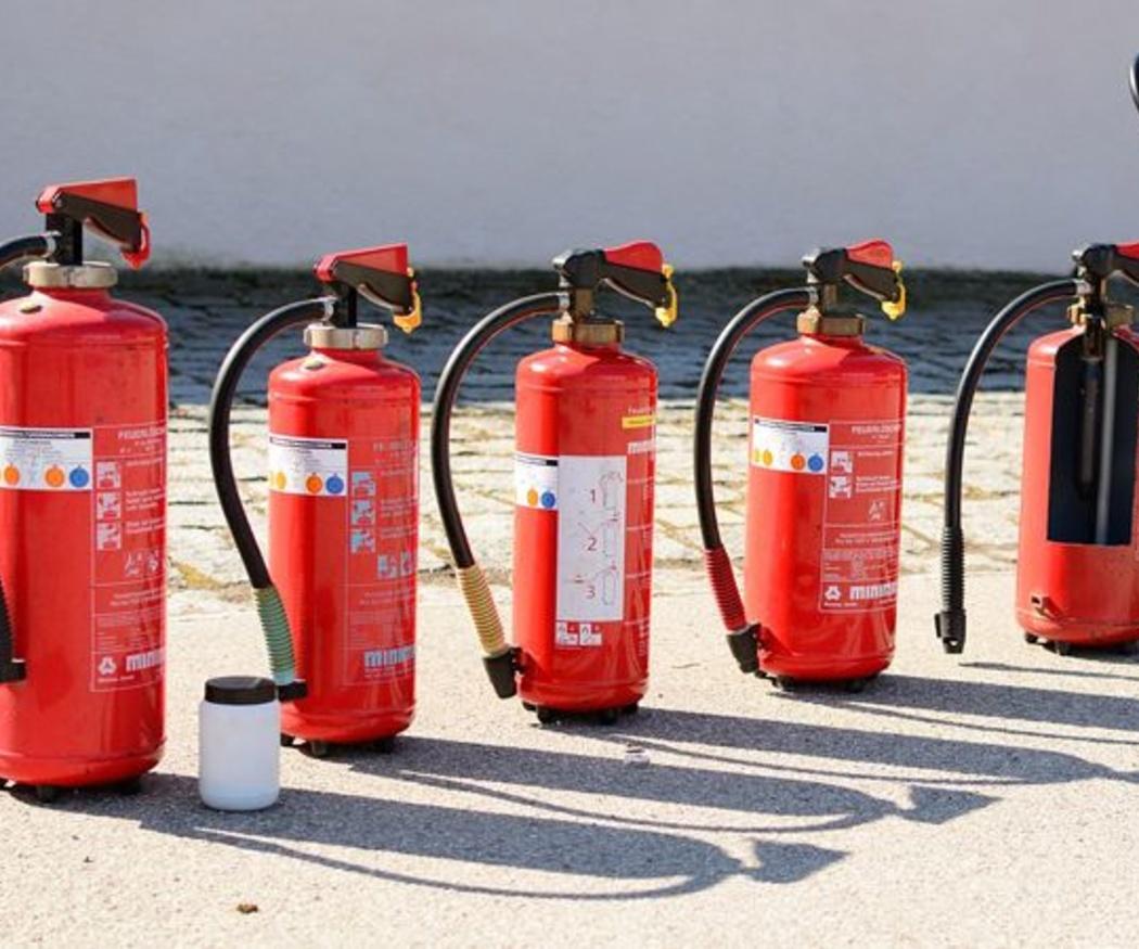 Qué extintor elegir según el tipo de fuego