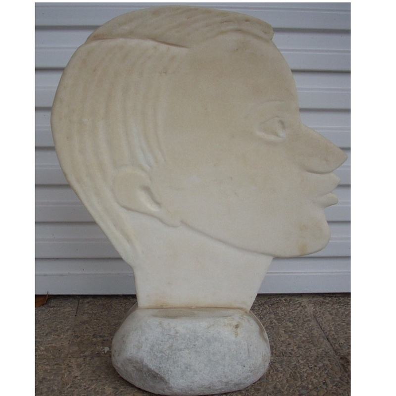 Raza blanca: Esculturas de Antonia Dávalos