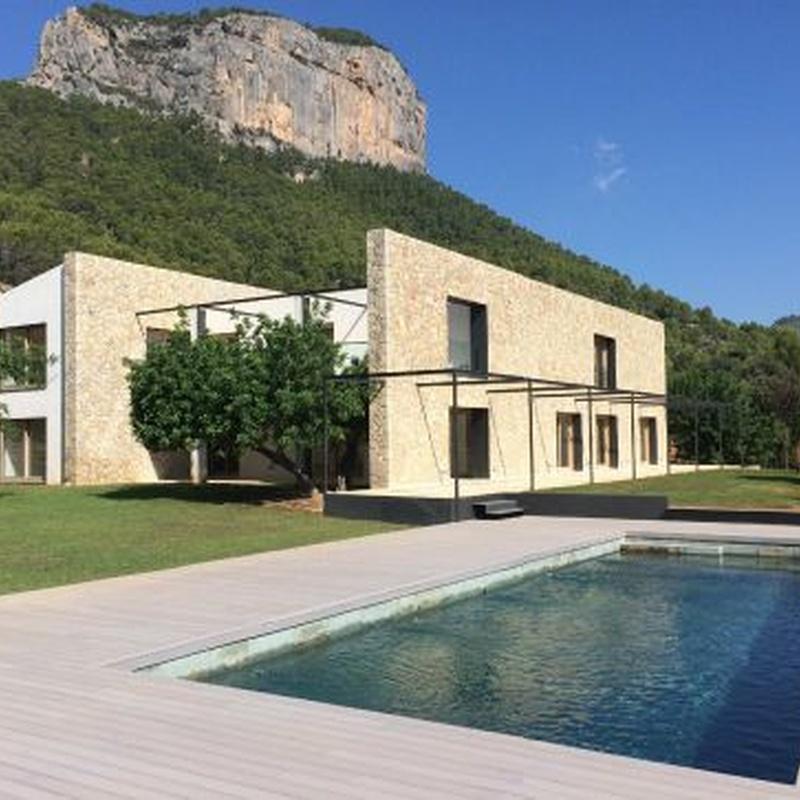 Vivienda unifamiliar con piscina: Obras realizadas de Construcciones Ses Planes  d'Alaró