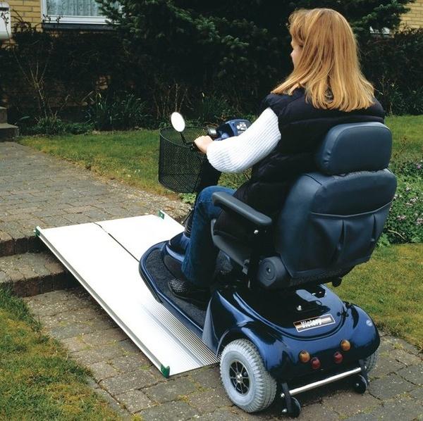 Rampas plegables para sillas de ruedas
