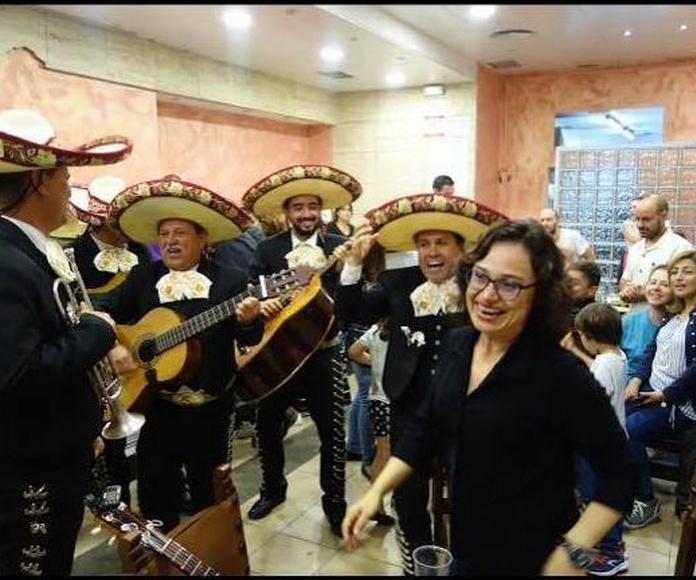 Fiesta con Mariachis