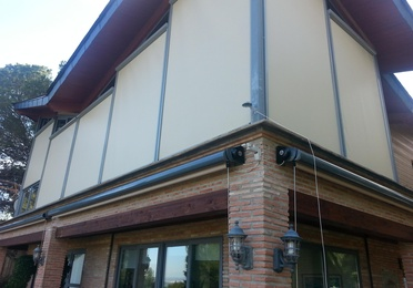 TOLDO VERTICAL SCREEN RITS