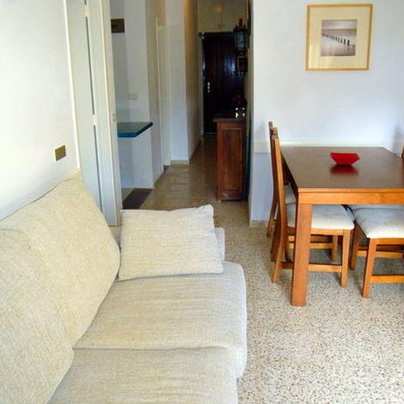 Complejo Costamar de 2 dormitorios en Los Cristianos: Compra y venta de inmuebles de Tenerife Investment Properties