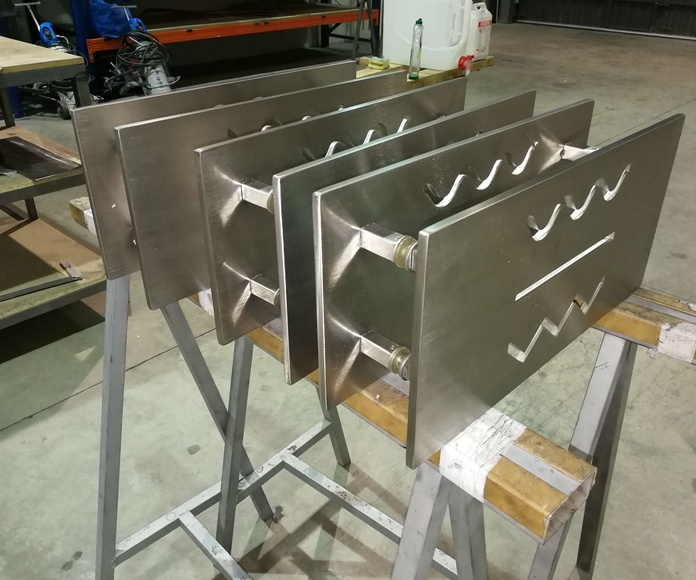 Tiradores de acero inoxidable personalizados para puertas de vidrio o aluminio.