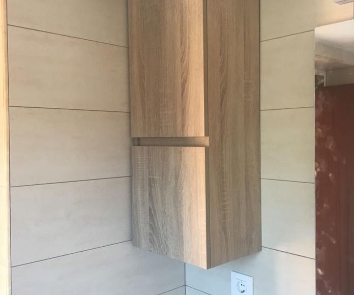 Reforma: colocación mobiliario baño