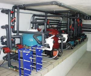 Reparación, mantenimiento y fabricación de locales técnicos para piscinas.