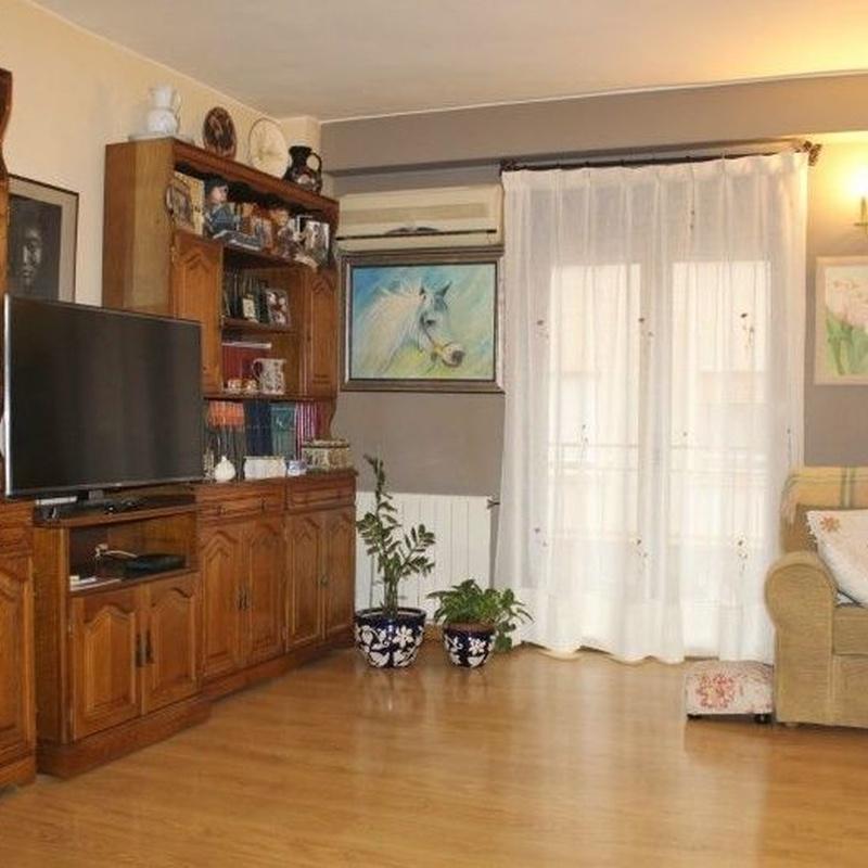 Delicias, calle Lastanosa, 2 dormitorios y salón amplio. segunda planta: Inmuebles de Fincas Goya