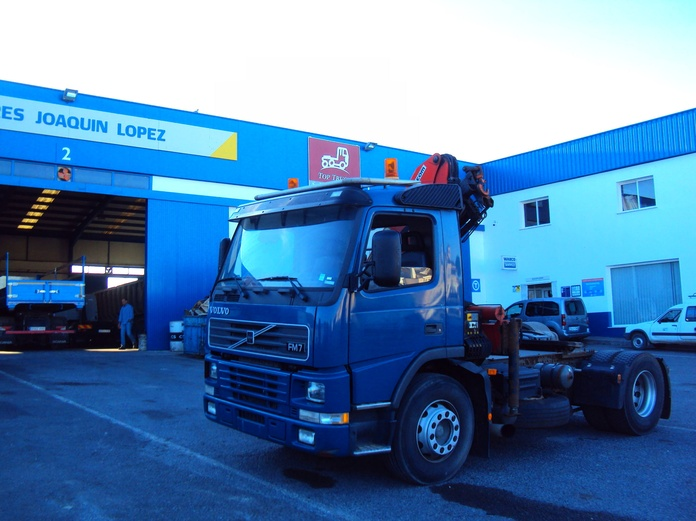 Volvo FM7 290: Servicios de Talleres Joaquín López, S.L.