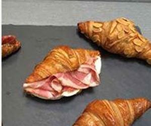 Todos los productos y servicios de Cafetería: Crois Croissant Gourmet