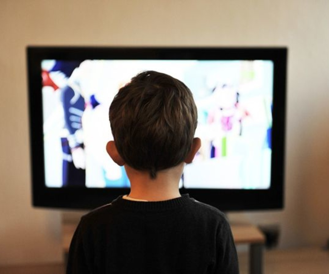 Los niños y su consumo de la televisión