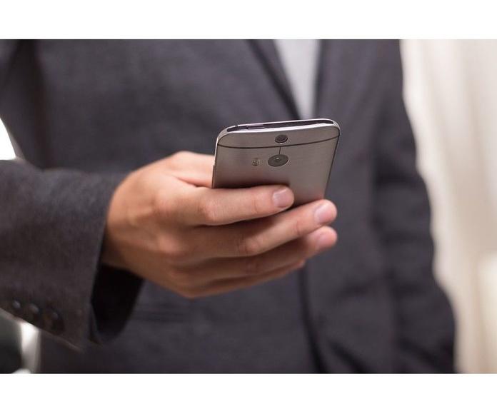 Telefonía móvil: Servicios de Anitel 2000