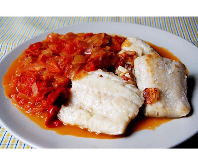 Pescados: Especialidades de PASTELERIA LORENA:    Confiteria, Bomboneria, Pasteleria, Cafeteria, Comida para llevar, Regalos,