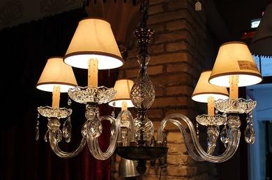 Restauración, limpieza y personalización de lámparas en Valencia