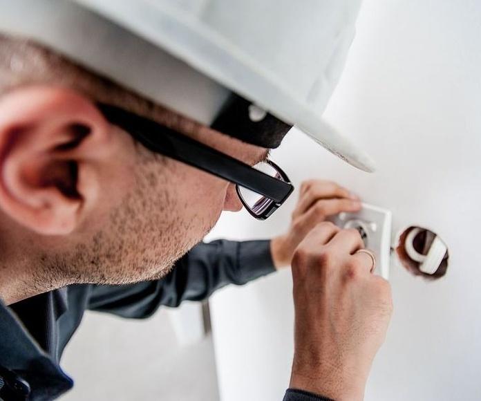 Mantenimiento: Servicios de Conecta Sistemas de Seguridad