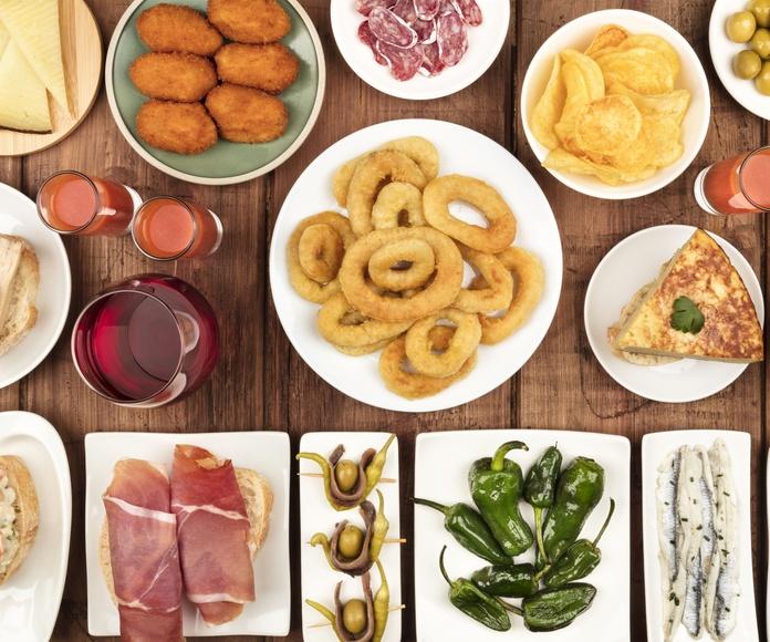Tapas y raciones variadas: Nuestra cocina de M-15 Bar