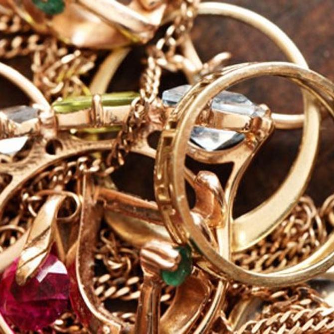 Por qué vender joyas o enseres de plata y oro