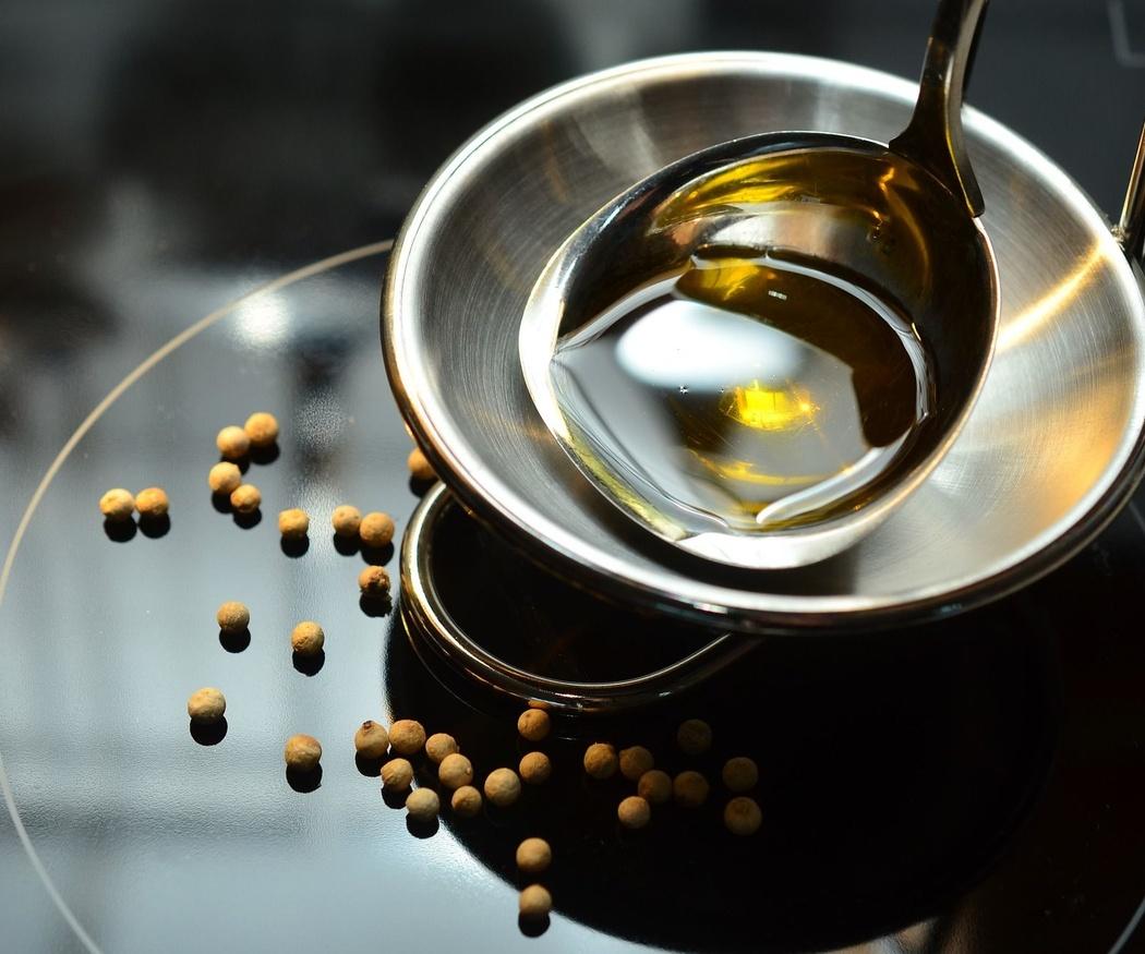 ¿Qué hacer con el aceite usado para evitar atascos?