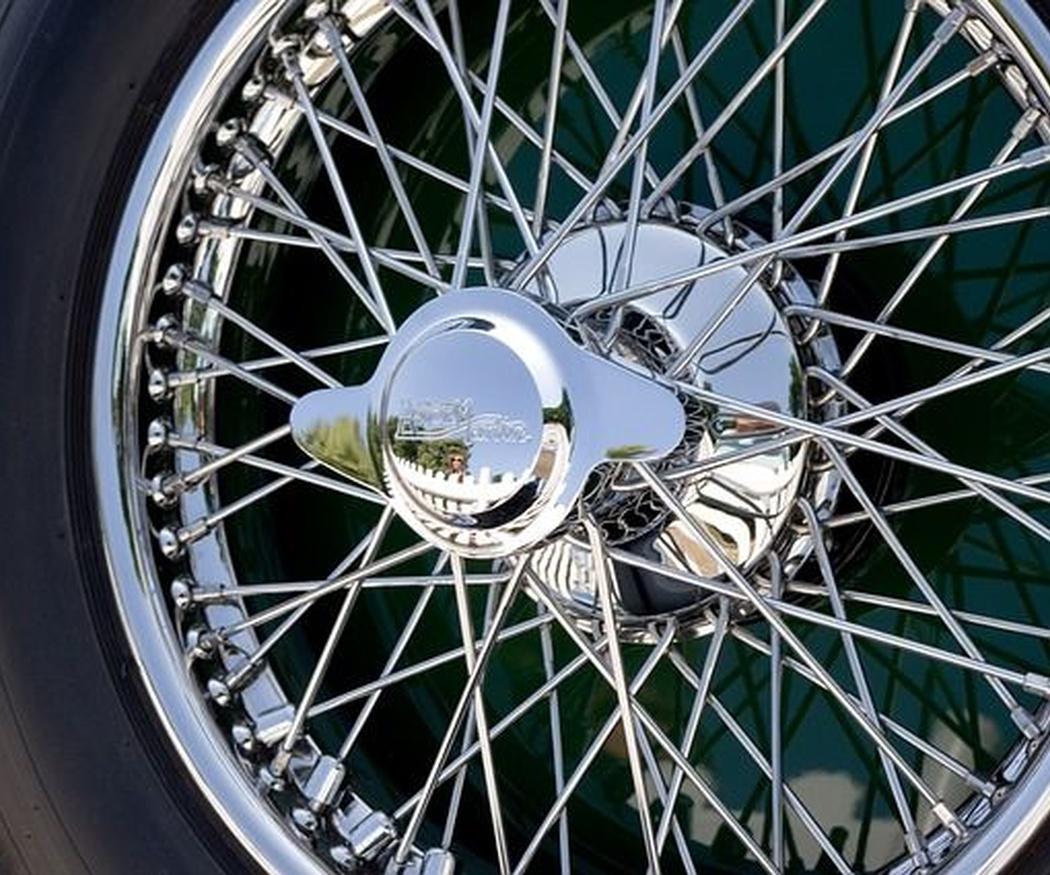 Neumáticos de primer precio