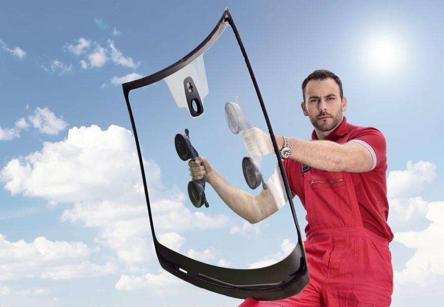 Sistemas para reparar las lunas del coche