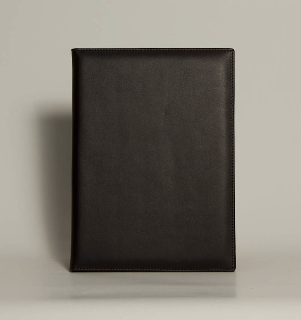 Portafolios PF-01606: Catálogo de M.G. Piel