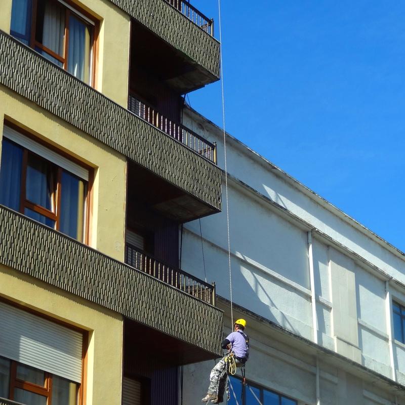 Trabajos verticales derribos en altura