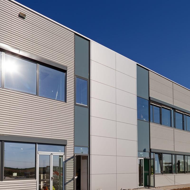 Instalación de fachadas ventiladas: Servicios de Gammagal