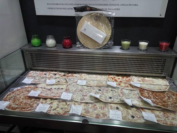 Servicios a domicilio: Carta y servicios de La Pizza Nostra