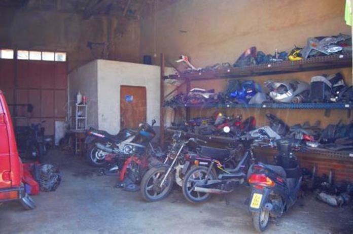 Piezas motos: Productos y servicios de L.J.M. Hermanos García, S.L.