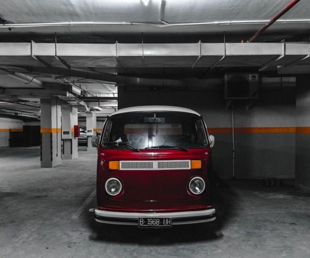 Deja el coche en nuestro parking y disfruta de San Lorenzo