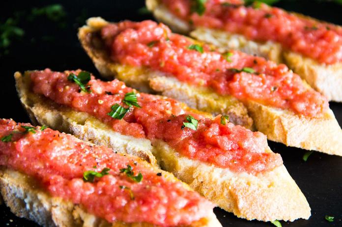 Pan de Ajo y Tomate: CARTA EL SEVILLANO de Restaurante Sevillano