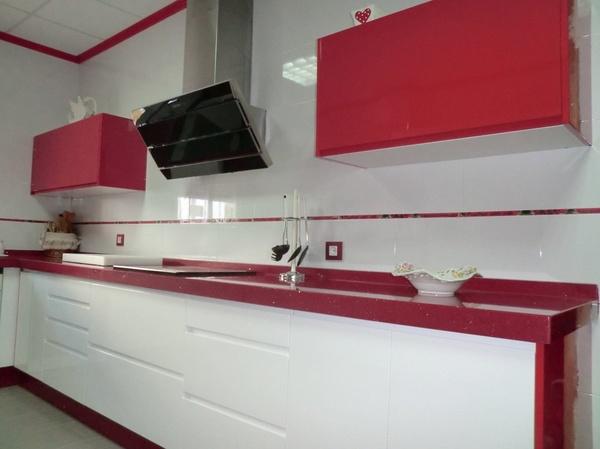También diseñamos, fabricamos y montamos en las zonas de Almería, como Vera y Garrucha.
