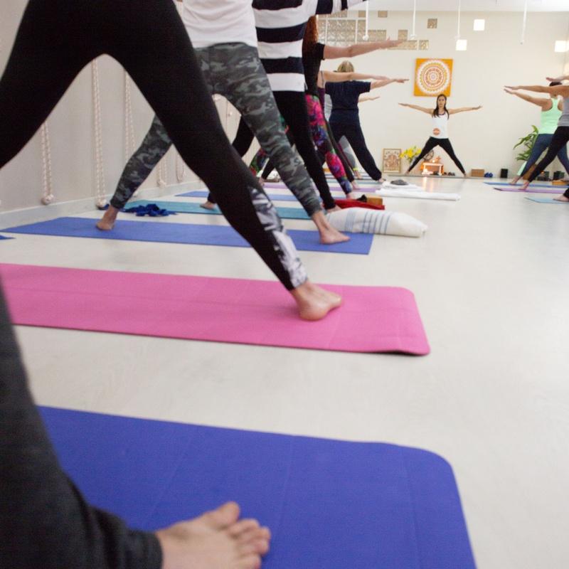 Clases especiales: Clases y Terapias de Ama Centro de Yoga Tenerife